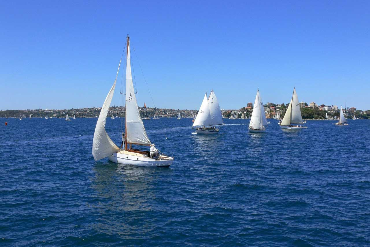 Sydney-to-hobart-race-start-boat-hire