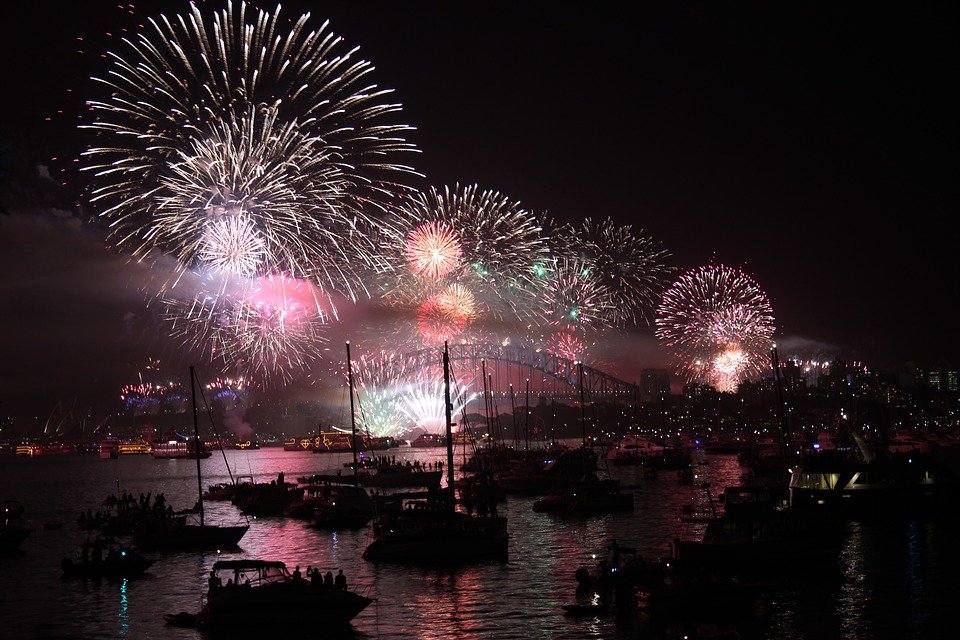 New-Years-Eve-Sydney-Harbour-Fireworks-boat-hire